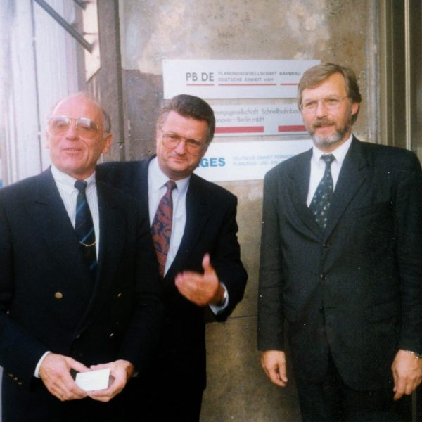 Prof. Dr. Eberhard Knoll (technischer Geschäftsführer), Dr. Jürgen Huber (Aufsichtsratsvorsitzender), Hans Jörg Klofat (kaufm.-jur. Geschäftsführer)