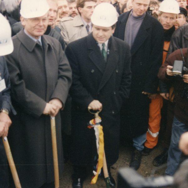 Spatenstich 1992, Wismar: Kreuzungsbauwerk A 20/B 208