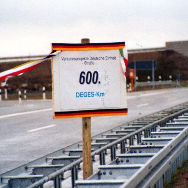 Am 19. Dezember 2002 wird der 600. fertiggestellte Kilometer auf der A 20 gefeiert.