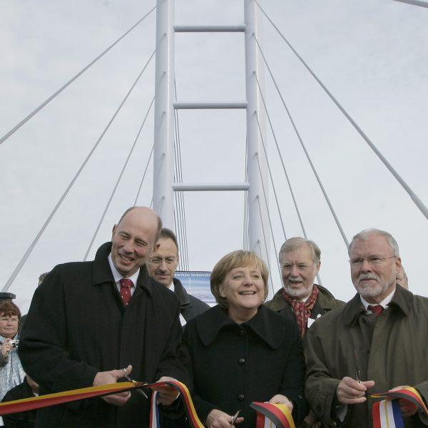 Verkehrsfreigabe der Rügenbrücke durch Bundesverkehrsminister Wolfgang Tiefensee, Bundeskanzlerin Dr. Angela Merkel und den Ministerpräsidenten von Mecklenburg-Vorpommern, Harald Ringstorff