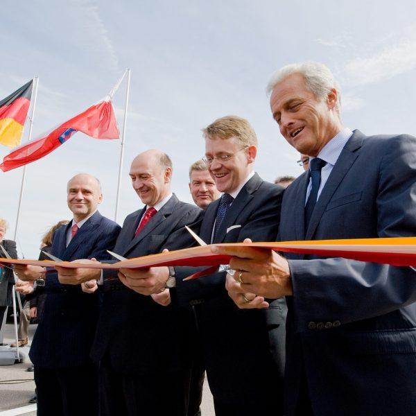 Verkehrsfreigabe auf der A 4 durch Verkehrsminister Peter Raumsauer